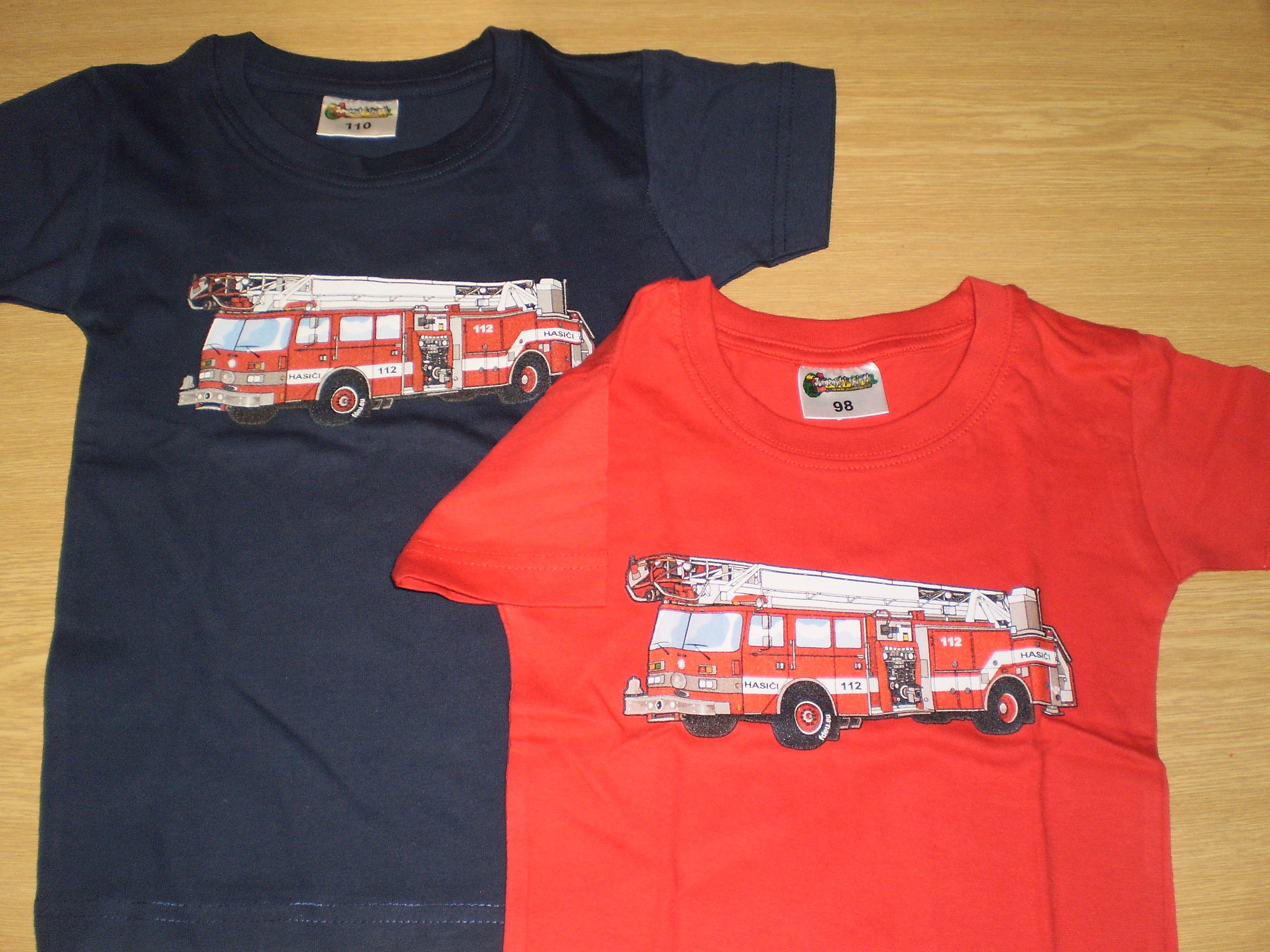 b71d774edc1 Dětské tričko s potiskem hasičského auta - žebříku